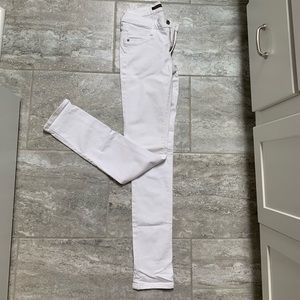 Skinny white James Jeans